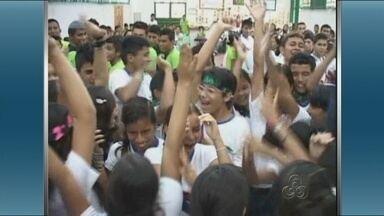 Estudantes participam de gincana de biologia - Em Barreirinha, alunos da rede estadual de ensino aproveitaram o feriado para participar de uma gincana de biologia.