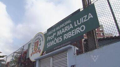 Vandalismo obriga suspensão de atividades em creche de Santos (SP) - O vandalismo obrigou a Secretaria de Educação de Santos, no litoral de São Paulo, a suspender as atividades em uma creche. Foram duas invasões em uma semana.