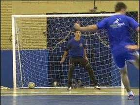 Pela primeira vez, dois times de Cascavel se enfrentam pela Chave Ouro de Futsal - Cascavel e ACF jogam hoje, às 20h30, no ginásio da Neva.