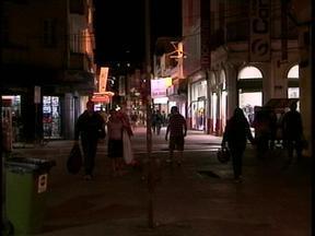 1,2 mil pontos de luz de Rio Grande serão substituídos - Iluminação ainda é um problema na zona central da cidade.
