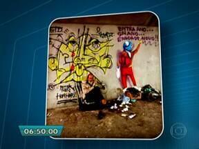 Prefeitura apaga obra de grafiteiros no Viaduto do Glicério, no Centro de São Paulo - A obra era dos irmãos Gustavo e Otávio Pandolfo, artistas conhecidos como Os Gêmeos. A dupla coloriu várias paredes de São Paulo e fez exposições até no exterior.
