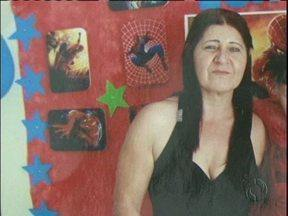 Mulher é morta na garagem de casa em Guarapuava - O suspeito é o ex-namorado, que não se conformava com o fim do relacionamento