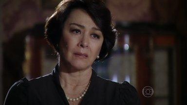 Isaurinha tenta convencer Celso a desistir da herança de Gustavo - Ele acusa a mãe de ter enganado Arturo durante todo o casamento