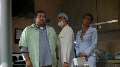 O Dentista Mascarado - Episódio do dia 17/05/2013, na íntegra - Acompanhe as loucuras do Doutor Paladino