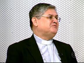Bispo diocesano de Uberlândia fala sobre o Pentecostes - Data representa a descida do Espírito Santo sobre os apóstolos. Evento será realizado neste domingo (19), no Ginásio UTC.