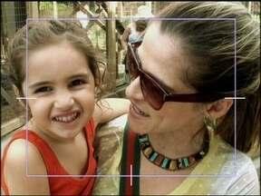 Com o marido e filha, Ingrid Guimarães se esbalda no Hollywood Studios - Clarinha, filha da atriz ainda realizou um grande sonho: se tornou princesa por um dia!