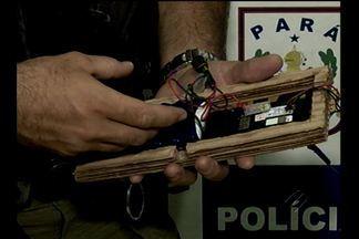 Consumidor encontra detonador em caixa de TV no Pará - Isamar Brito comprou TV em loja de Castanhal e dentro havia detonador.