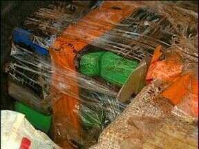 Rapaz é pego com 400 kg de maconha no carro - Nos últimos dois dias, 1,5 toneladas da droga foram encontradas na região.