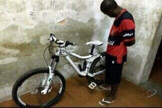 Polícia Militar recupera bicicleta avaliada em R$ 8 mil em Cachoeiro, ES - Bicicleta foi roubada neste sábado (18).