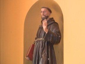 Fé - O Santuário de São Francisco de Assis em Penápolis, recebe visitantes o ano todo
