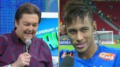 Neymar fala sobre carreira no futebol e sobre sua participação em Amor à Vida - Jogador elogia Tatá Werneck e afirma que não pensa em seguir carreira de ator