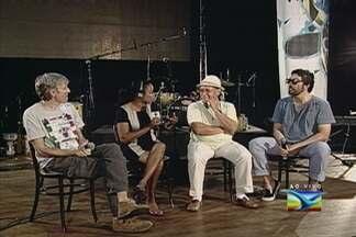 Projeto BR-135 faz show em homenagem aos 35 anos do disco Bandeira de Aço - Gravado pelo cantor e percussionista Papete, o álbum reúne composições dos maiores nomes da música no estado. Show ocorre hoje à noite, em São Luís.