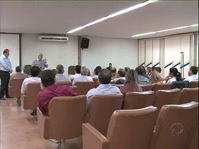 Autoridades se reuniram em Umuarama para tentar resolver problemas da saúde na cidade - Eles discutiram possibilidades para resolver problemas de verba e de hospitais de Umuarama.