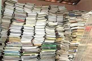 Em Imperatriz, uma dona de casa montou uma biblioteca comunitária - Senhora que só aprendeu a ler depois dos 40 anos quer possibilitar que outras pessoas também possam ter acesso aos livros. A biblioteca começou na garagem e já se espalhou por quase toda a casa.