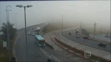 Depois de nevoeiro, Aeroporto de Confins é reaberto em Minas Gerais - Terminal ficou fechado durante parte da manhã desta terça-feira.