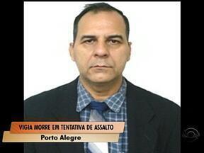 Vigia morre em tentativa de assalto na Zona Leste de Porto Alegre - Homem foi atingido por três disparos.