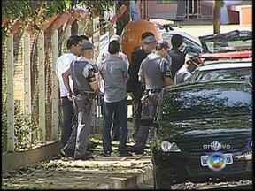 Gaeco de Bauru, SP, denuncia onze investigados na 'Operação Yellow' - O Gaeco, o grupo de promotores que combate o crime organizado, denunciou nesta terça-feira (28) 11 pessoas investigadas na Operação Yellow em Bauru (SP) e São Paulo. Elas foram presas na última terça-feira (21) suspeitas de sonegação fiscal.