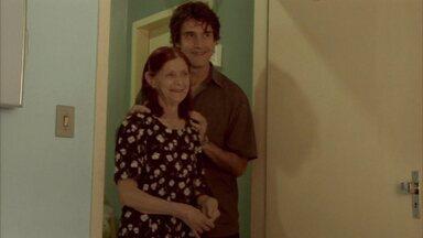Com trama que se confunde à vida real, 'Família' é destaque do Globo Horizonte - Sem roteiro fechado pelo diretor, atores improvisaram cenas a partir da emoção.