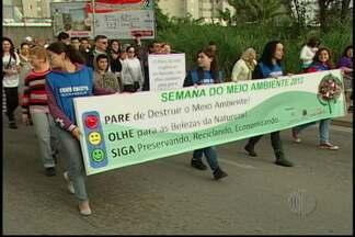 Bispo Diocesano Dom Pedro Luiz Stringhini lidera primeira Ecocaminhada - Além do papel da sociedade na proteção à natureza, ele cobrou políticas públicas eficientes de preservação.