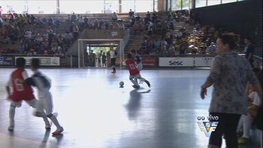 Começa a 11ª edição da Copa TV Tribuna de Futsal Escolar - Competição inciou na manhã desta sábado