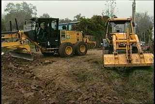 Começam obras do desvio na ERS-516 em Santa Maria, RS. - No domingo, será feita uma avaliação para ver se o trânsito no local será liberado.