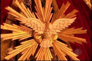 TV Diário reprisa especial da Festa do Divino 2013 - A TV Diário vai reprisar o especial da Festa do Divino 2013 de Mogi das Cruzes na madrugada deste domingo (9). O programa vai começar às 3h.