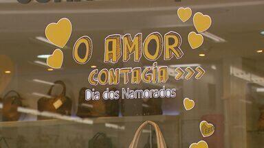 Começa horário especial do comércio para o Dia dos Namorados na região - Começa horário especial do comércio para o Dia dos Namorados na região