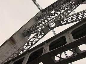 Obras na Ponte Hercílio Luz entram em uma nova etapa - Obras na Ponte Hercílio Luz entram em uma nova etapa