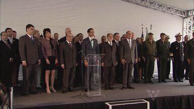 Governo de São Paulo é transferido por um dia para Santos em homenagem a José Bonifácio - Geraldo Alckmin está em Santos, de onde despacha assuntos do governo