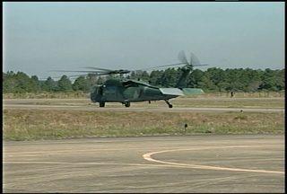 Decolou hoje o último helicóptero do Esquadrão Pantera da Base Aérea de Santa Maria - Eles vão atuar na segurança da Copa das Confederações