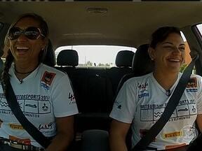 Começa a temporada do Mitsubishi Motorsports Nordeste - Nos arredores de Aracajú, a cantora sergipana Maysa Reis vai para a trilha pela primeira vez com um veículo 4x4.