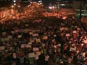 Várias capitais também protestam em todo o país - Milhares de pessoas foram às ruas. Onda de protestos marcou o dia histórico do Brasil.