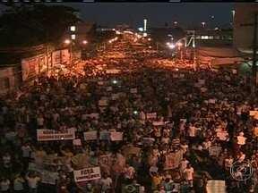 Manaus faz a maior manifestação da região amazônica - 85 mil pessoas tomaram as ruas de Manaus em protesto pacífico. A manifestação começou de maneira pacífica até chegar a sede da prefeitura, que houve confronto com a polícia.