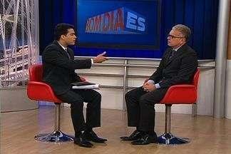 Secretário de Segurança do ES comenta protesto que reuniu 100 mil em Vitória - André Garcia falou sobre ações d evandalismo e reação da polícia.