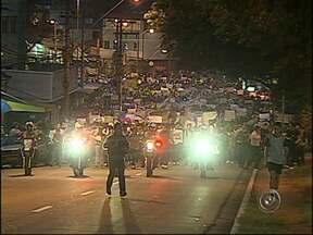 Cidades da região de Jundiaí, SP, aderem ao movimento de protestos - Nesta quinta-feira (20), milhares de pessoas participaram do movimento de protesto realizado em todo país. Na região de Jundiaí (SP) a polícia precisou agir com repressão.