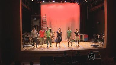 Ator Du Moscovis apresenta, no Recife, peça infantil que garante boas gargalhadas - Apresentação inicial foi para um público bem especial.