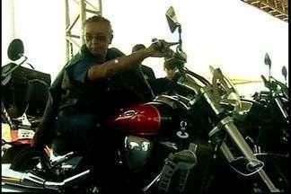Apaixonados por motos se reúnem em Linhares, ES - Cidade sediou segundo encontro de motociclistas.