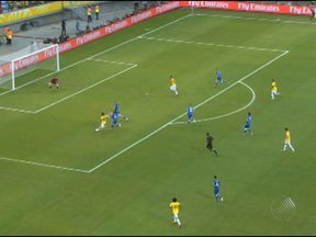 Seleção Brasileira vence a Itália por 4 a 2 em Salvador - Fred fez dois gols e Dante e Neymar Jr. completaram o placar neste sábado.