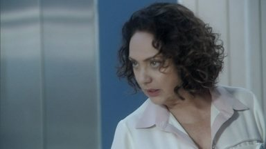 Denizard defende Pilar de um insulto de Félix e Ordália fica enciumada - Pilar e o restante da família decidem ir embora para casa. A mãe de Pilar estranha a atitude de Félix com sua esposa, enquanto isso Bruno revela aos pais que a filha piorou