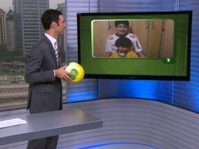 SPTV já recebeu centenas de vídeos do concurso da bola da Copa das Confederações do SPTV - Melhor vídeo mostrando a torcida pelo Brasil vai ganhar a bola autografada por cinco personalidades, entre elas o ex-jogador Ronaldo.