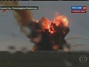 Foguete russo explode 17 segundos depois do lançamento - O prejuízo é equivalente a R$ 400 milhões. O acidente pode ter sido provocado por falha dos motores ou do sistema de direção. O foguete explodiu no ar e ninguém ficou ferido.