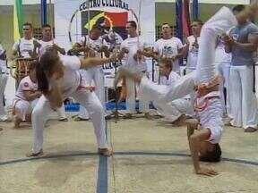 Capoeira: Poderoso instrumento de interação social - Capoeira: Poderoso instrumento de interação social