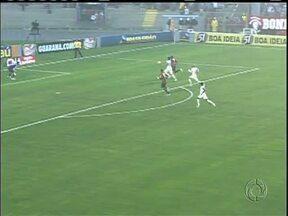 Tempestade atrapalha e Atlético segue com uma unica vitória no Brasileirão - Gramado encharcado marca duelo entre Furacão e Corinthians