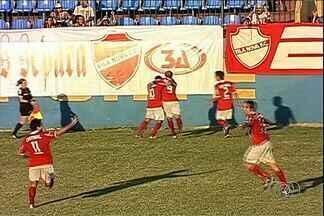 Após quase dois anos, Vila volta a vencer fora de casa - Tigre bateu o Madureira por 3 a 1 no Conselheiro Galvão
