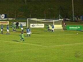 Aimoré é o terceiro time que vai disputar a primeira divisão do Gauchão de 2014 - Fazia 19 anos que eles não ficavam na primeira divisão.