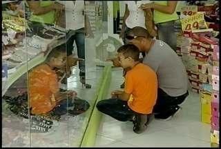Comércio de Montes Claros se prepara o Dia dos Pais - Expectativa é de um aumento de 20% em relação ao mesmo período de 2012.