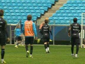 Torcedores gremistas seguem pensando em partida do último domingo - Grêmio joga no meio da semana contra o Coritiba.