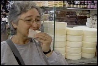 Entra em vigor novas normas para produção de queijo artesanal em Minas - Para comercializar o produto é preciso procurar o IMA.