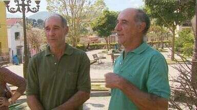 """Com 300 casos em 70 anos, Pedralva fica conhecida como """"Terra dos Gêmeos"""" - Com 300 casos em 70 anos, Pedralva fica conhecida como """"Terra dos Gêmeos"""""""