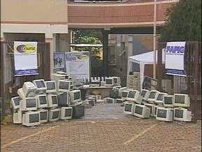 Projeto katana recebe doação de sucatas de computadores - As peças foram doadas pela faculdade Cesufoz e estudantes.
